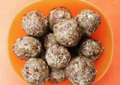 Cardamom, Pistachio & Cashew Nut Energy Balls
