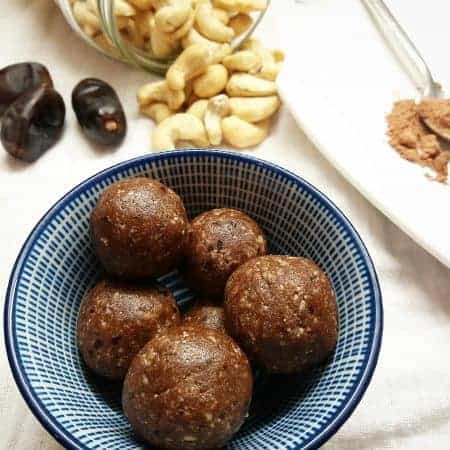 Choc Coconut Energy Balls